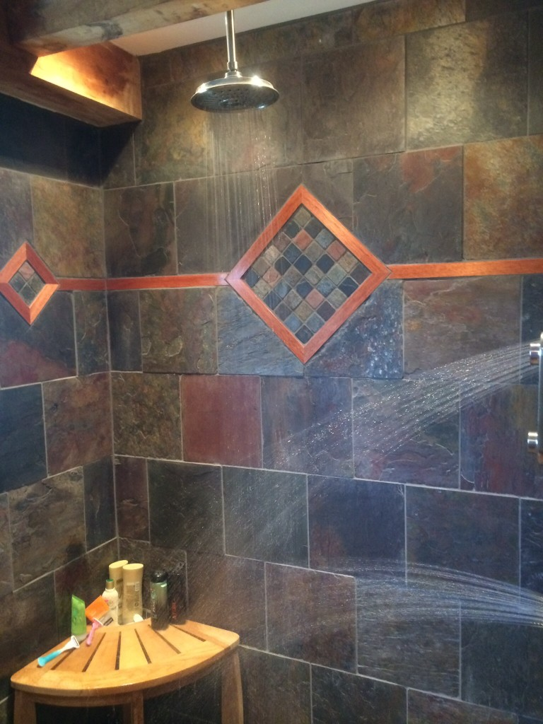 Wall sprayer in shower